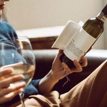 Víno & kniha, alebo dve lásky v jednom
