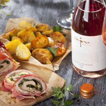 """Tajný trik na skvelú grilovačku – """"grill-friendly"""" ružové víno a výborné jedlo"""